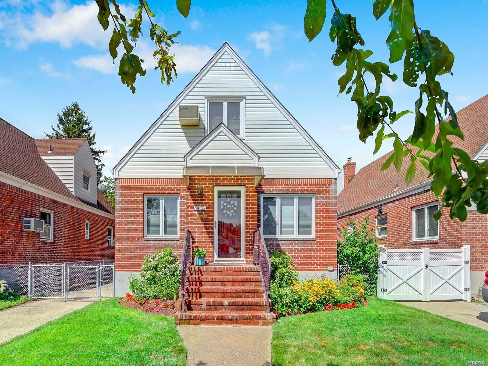 84-22 257th St, Floral Park, NY 11001 - MLS#: 3238073