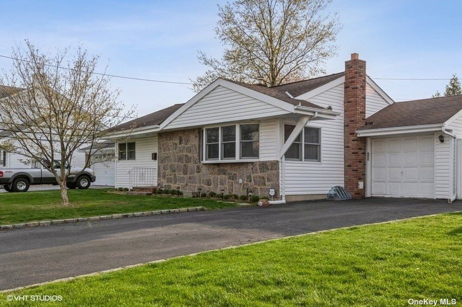 29 Seitz Drive, Bethpage, NY 11714 - MLS#: 3308073