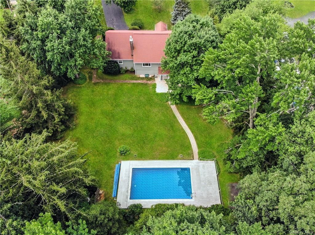 Photo of 2662 Dunning Drive, Yorktown Heights, NY 10598 (MLS # H6133073)