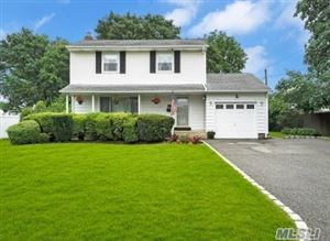 Photo of 21 Montrose Dr, Commack, NY 11725 (MLS # 3149075)