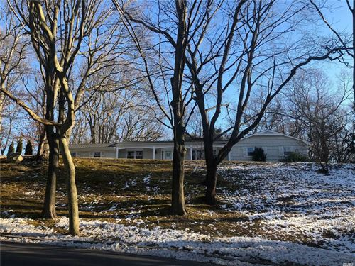 Photo of 27 Hastings Dr, Northport, NY 11768 (MLS # 3194075)