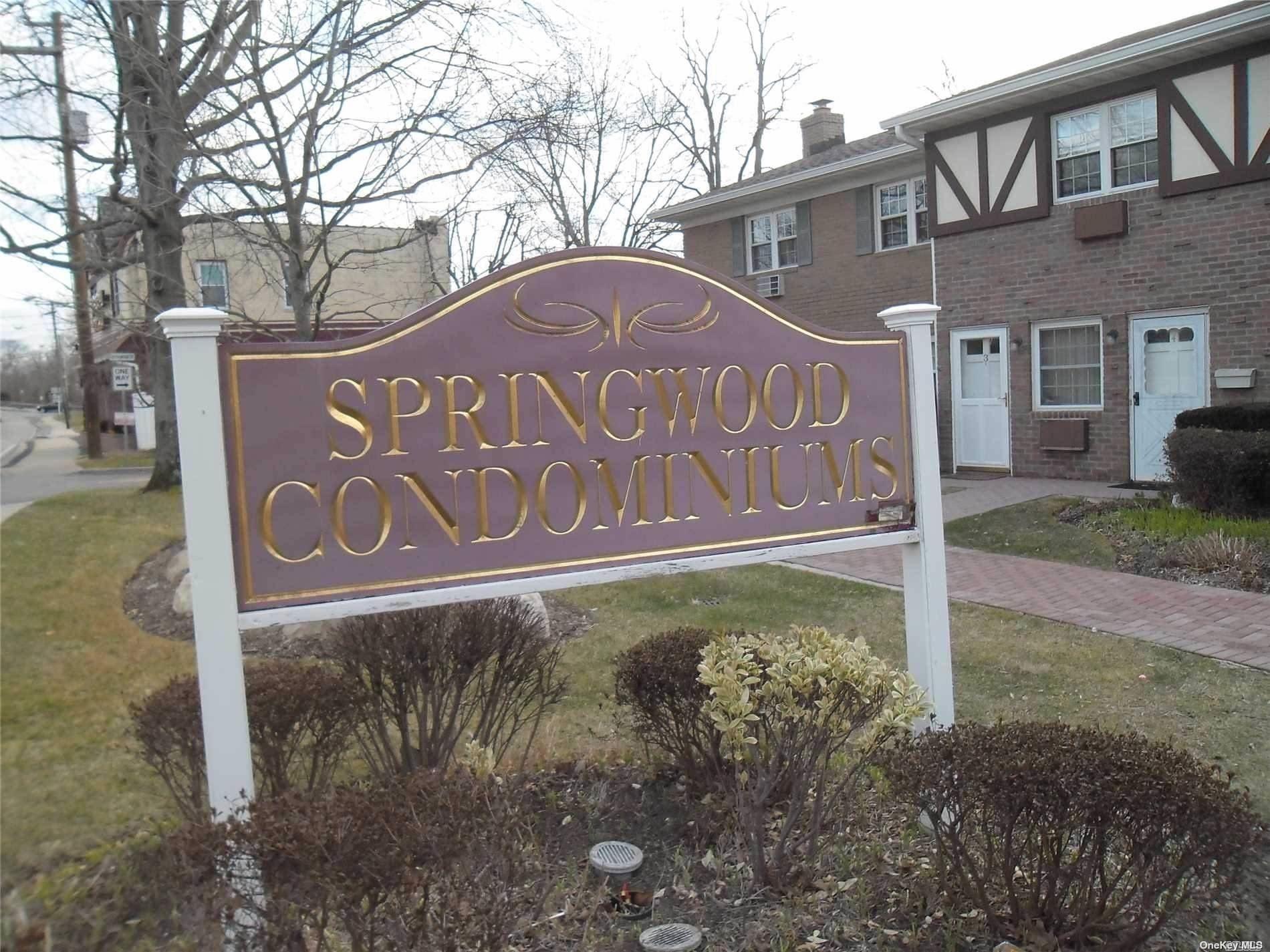 8 Springwood Drive, North Babylon, NY 11703 - MLS#: 3298075