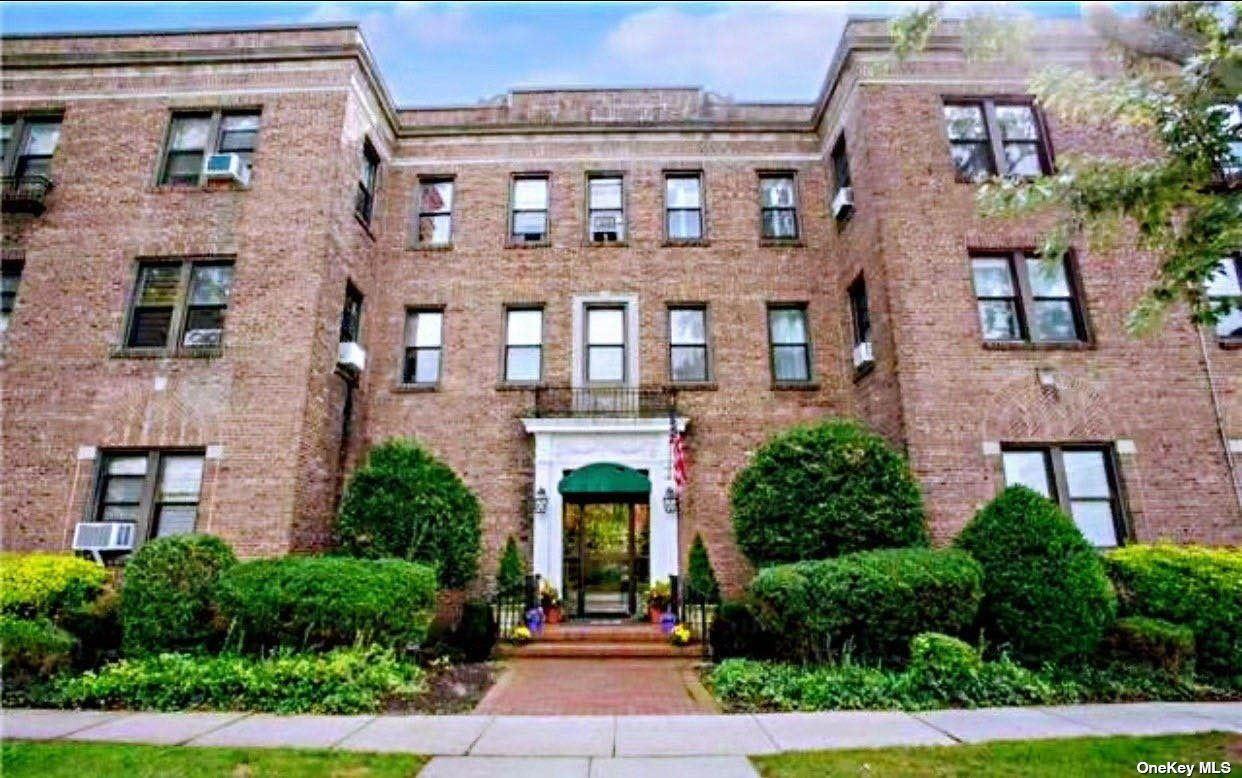 222 7th Street #205, Garden City, NY 11530 - MLS#: 3328075
