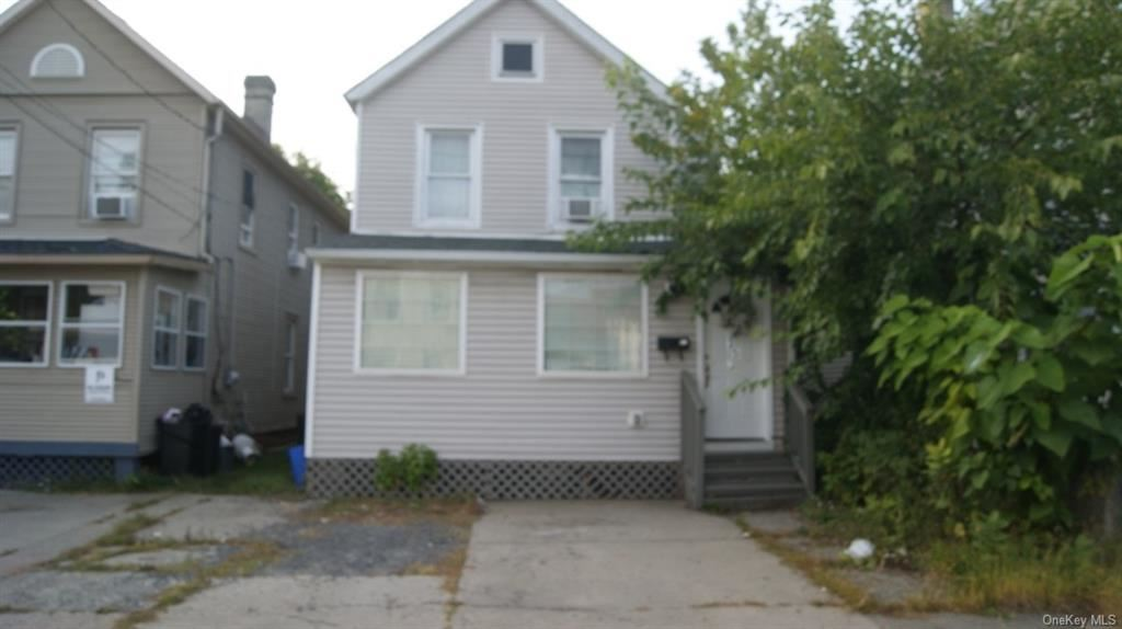 Photo of 35 1/2 Smith Street, Middletown, NY 10940 (MLS # H6073076)