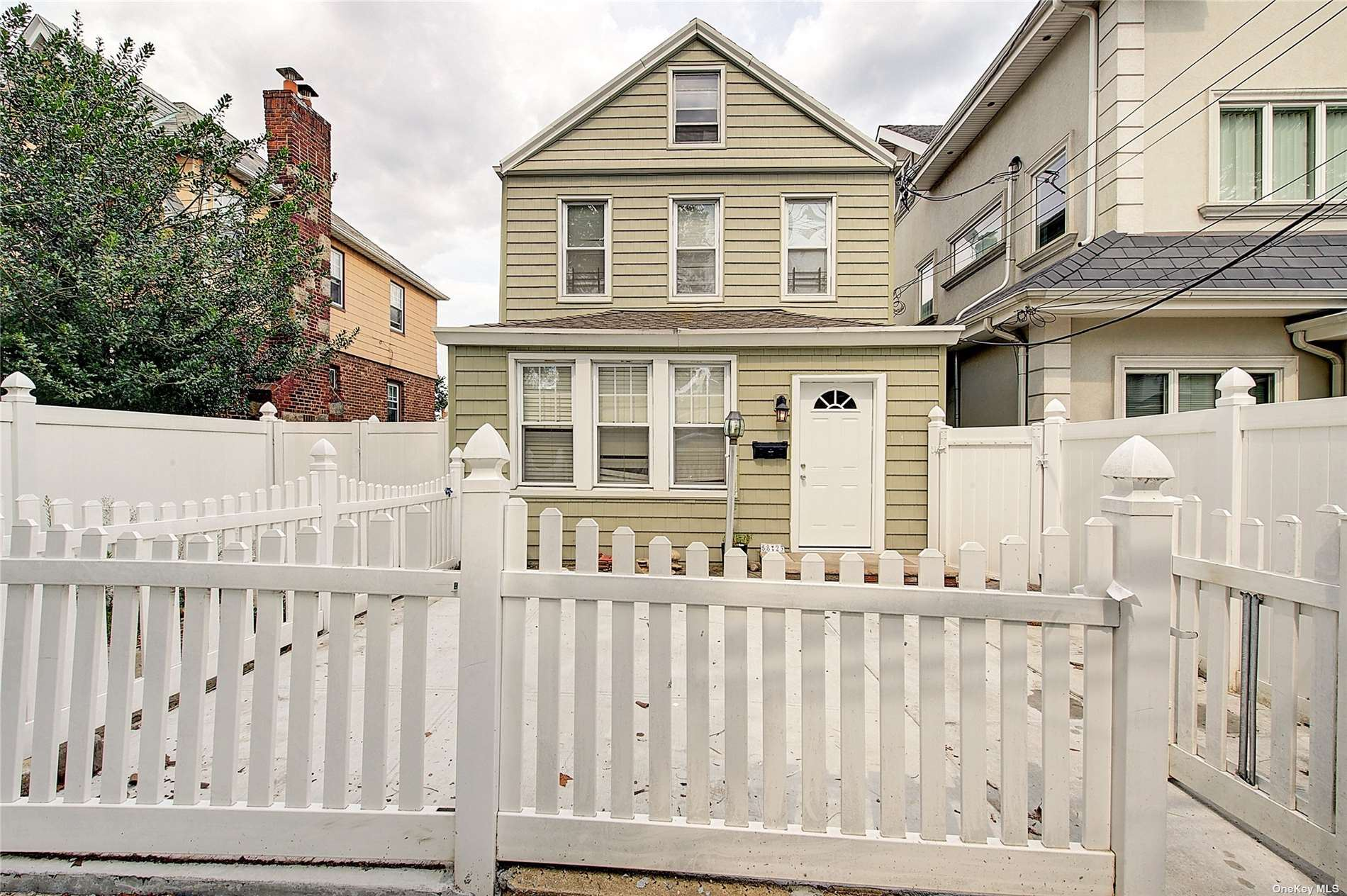 58-23 83rd Place, Middle Village, NY 11379 - MLS#: 3333077