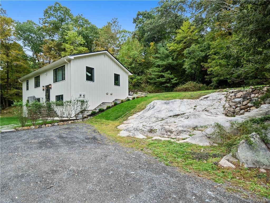 Photo for 38-40 Chapman Road, Garrison, NY 10524 (MLS # H6145078)