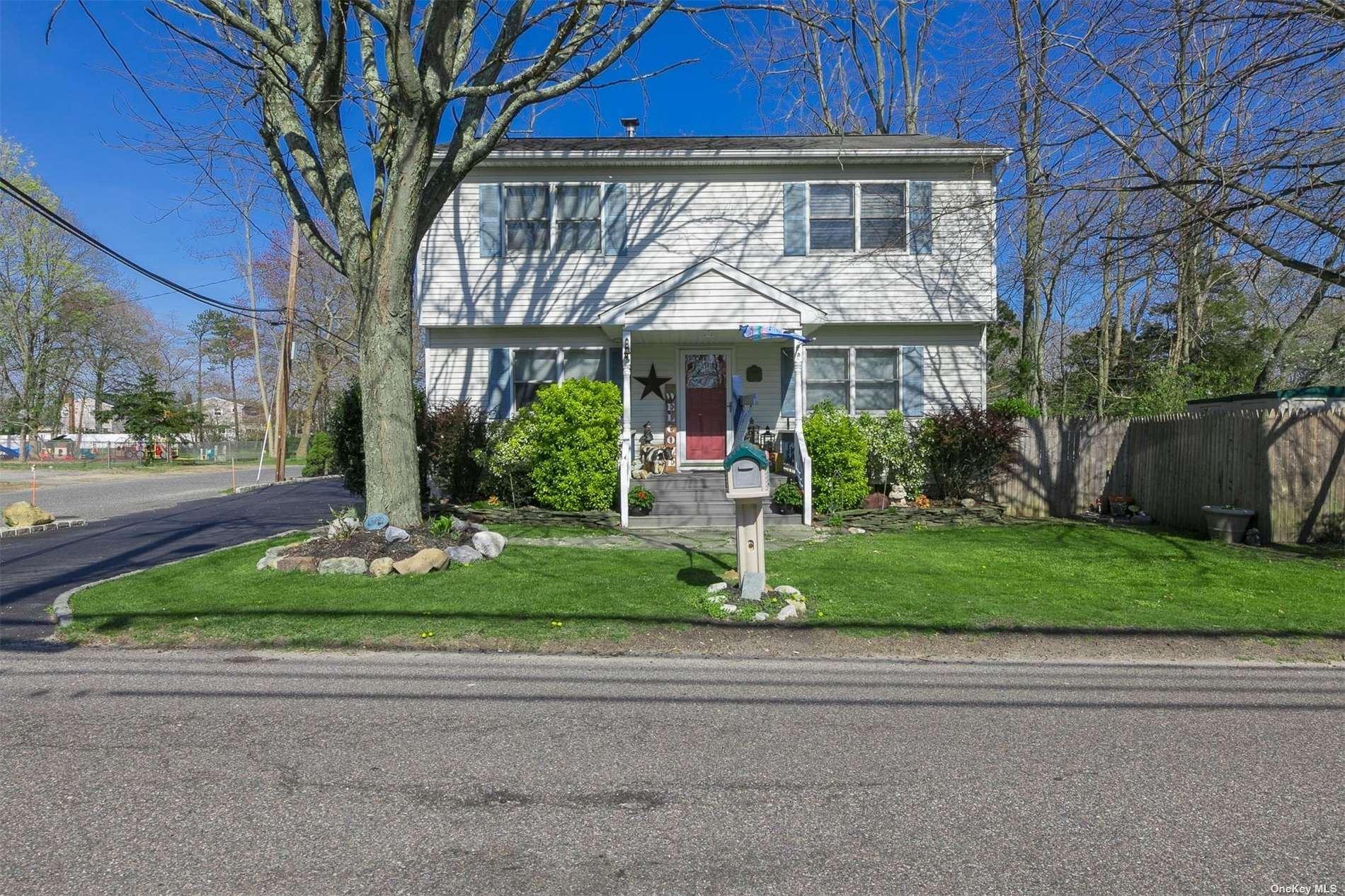 1653 Coates Avenue, Holbrook, NY 11741 - MLS#: 3303079