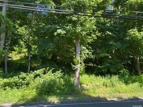 Photo of 639 Peekskill Hollow Road, Putnam Valley, NY 10579 (MLS # 3354082)