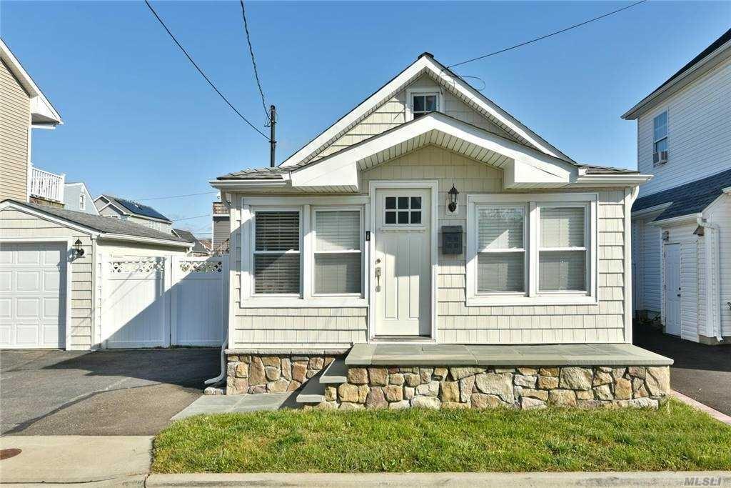 136 Beach Avenue, Bellmore, NY 11710 - MLS#: 3259082
