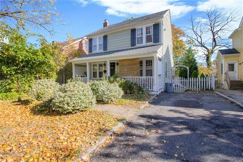 Photo of 13 Rush Place, Oyster Bay, NY 11771 (MLS # 3224085)