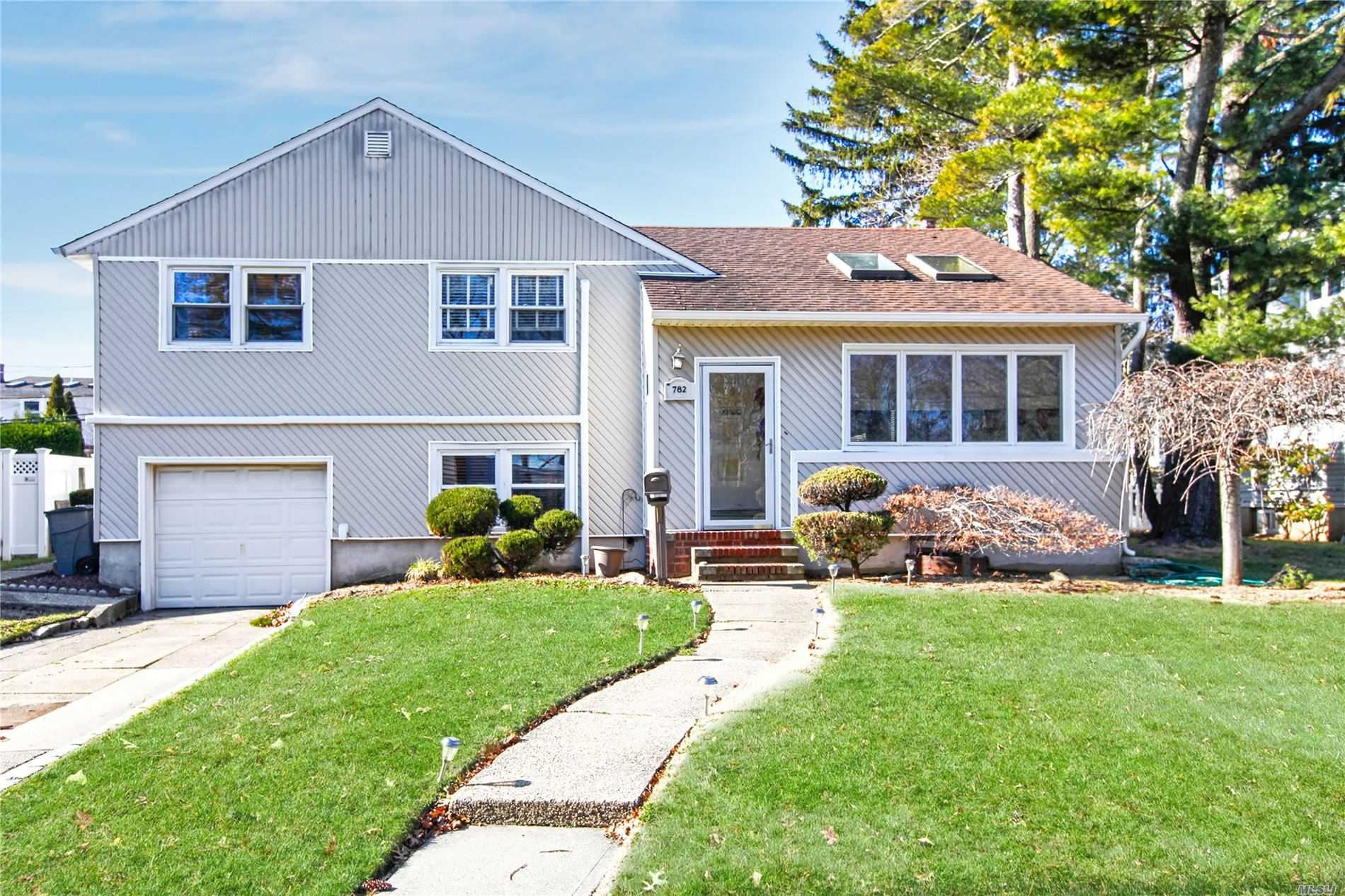 782 Bruce Drive, East Meadow, NY 11554 - MLS#: 3196085