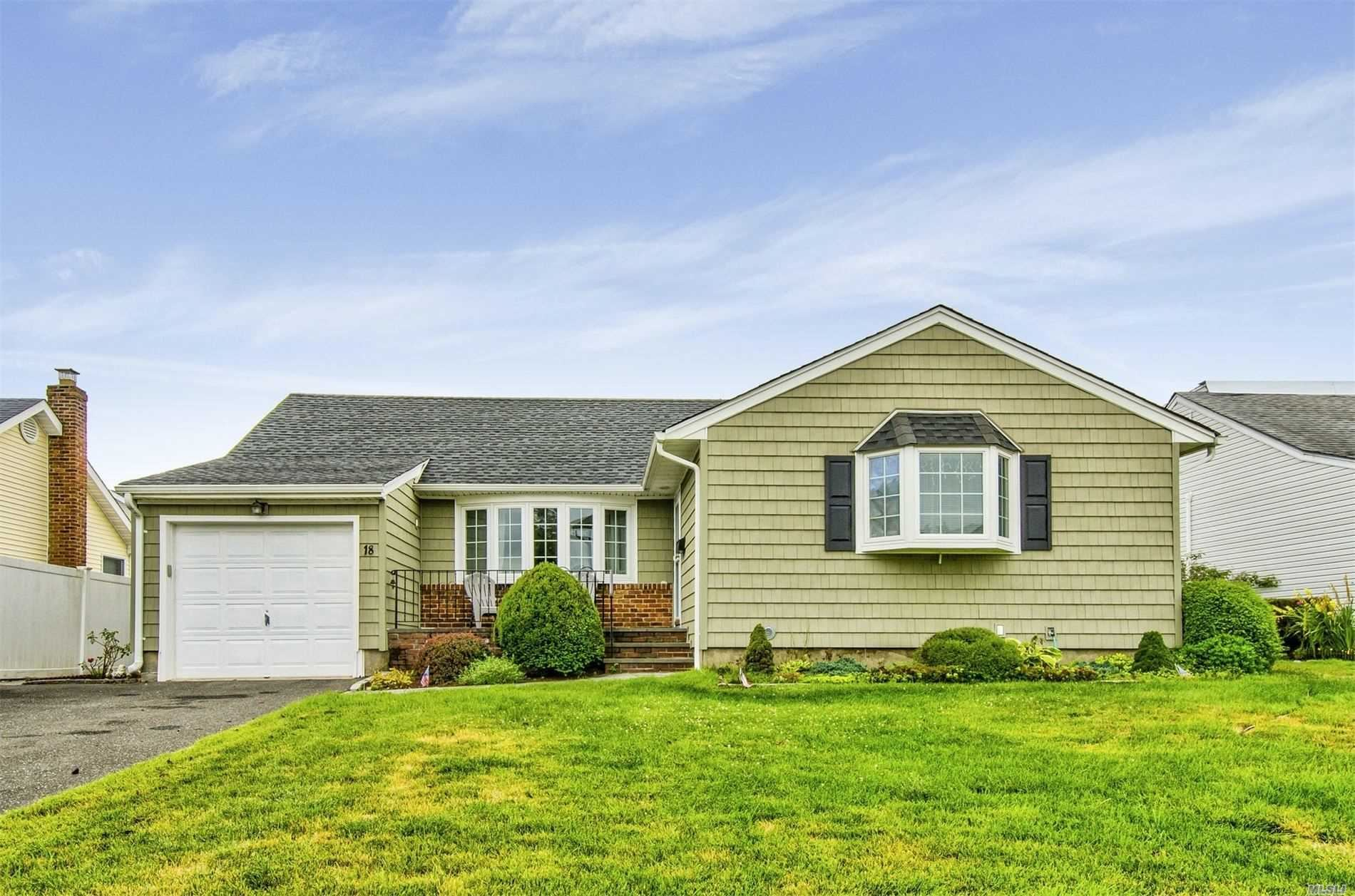 18 Clearland Ave, Carle Place, NY 11514 - MLS#: 3234086