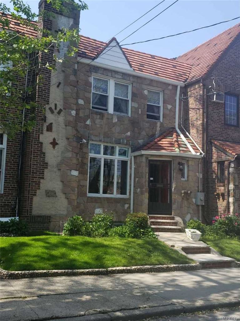 82-53 Penelope Avenue, Middle Village, NY 11379 - MLS#: 3153087