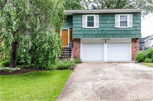 Photo of 190 Ivy St, Oyster Bay, NY 11771 (MLS # 3146088)