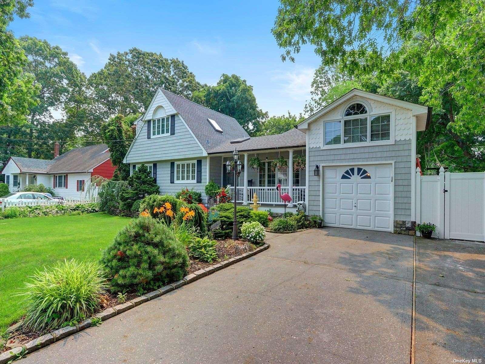 92 Moriches Avenue, Mastic, NY 11950 - MLS#: 3331088