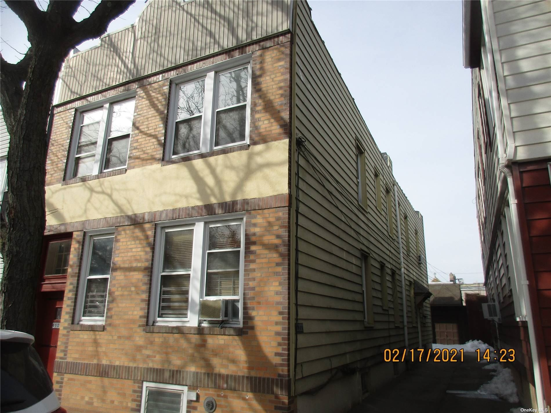 69-03 Luther Road, Glendale, NY 11385 - MLS#: 3302089
