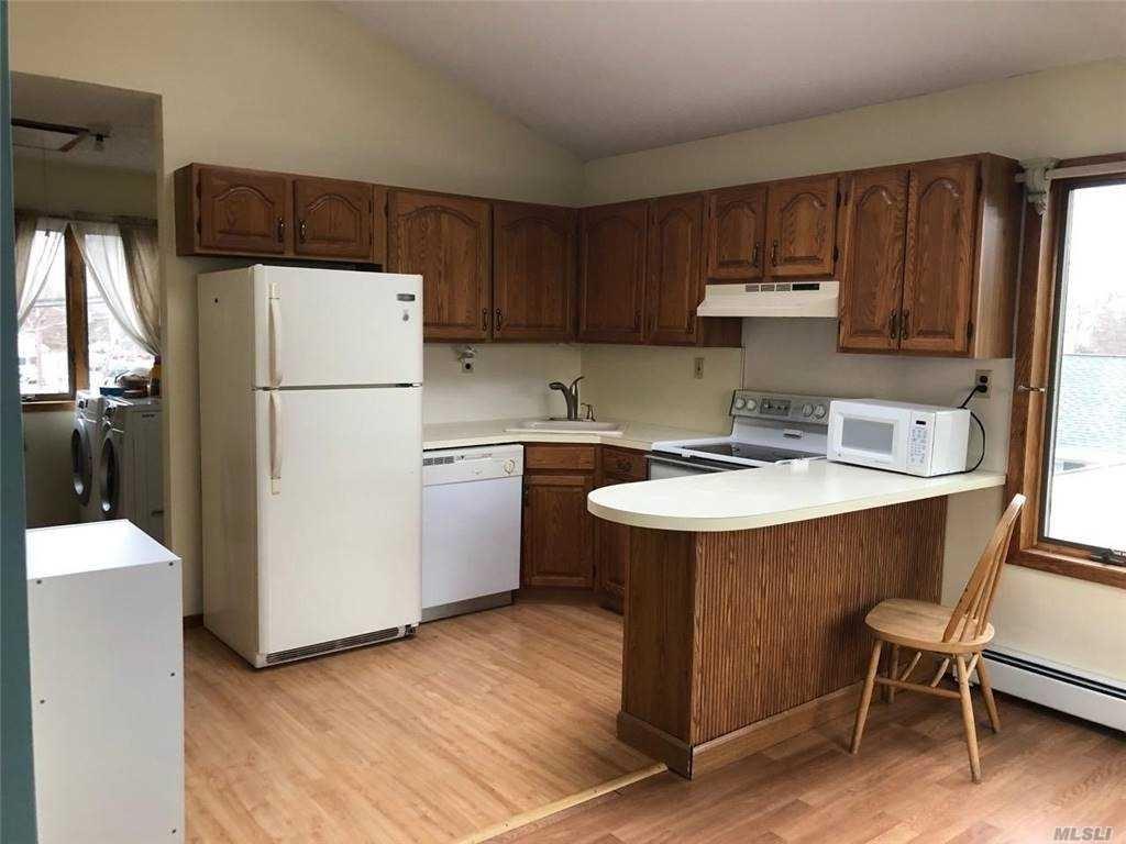 8 Wendy Lane #Upper, Ronkonkoma, NY 11779 - MLS#: 3282090