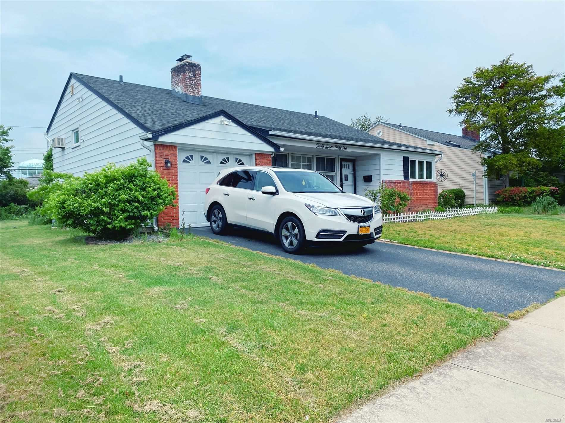 3751 Dianne St, Bethpage, NY 11714 - MLS#: 3218091