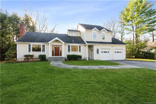 Photo of 5 Sunset Drive, Armonk, NY 10504 (MLS # H6083092)
