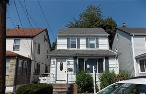 Photo of 261 Bedford Ave, New Hyde Park, NY 11040 (MLS # 3173095)