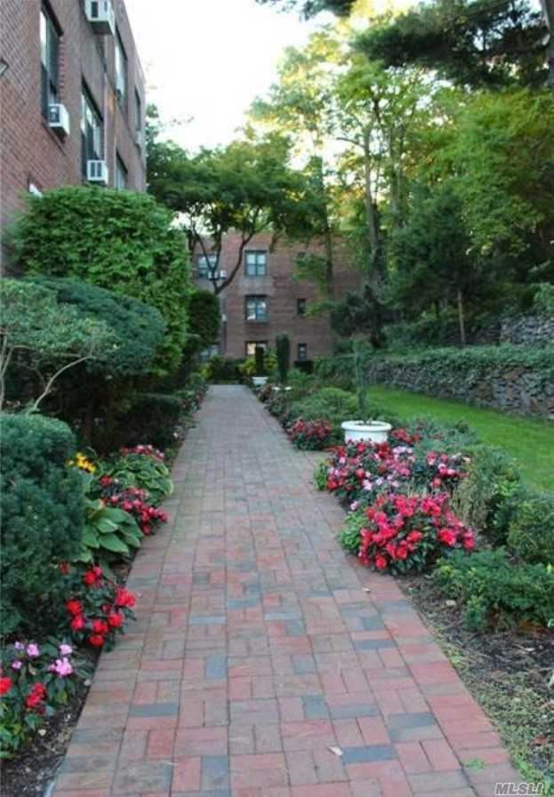 2 Townhouse Place #2J, Great Neck, NY 11021 - MLS#: 3105096