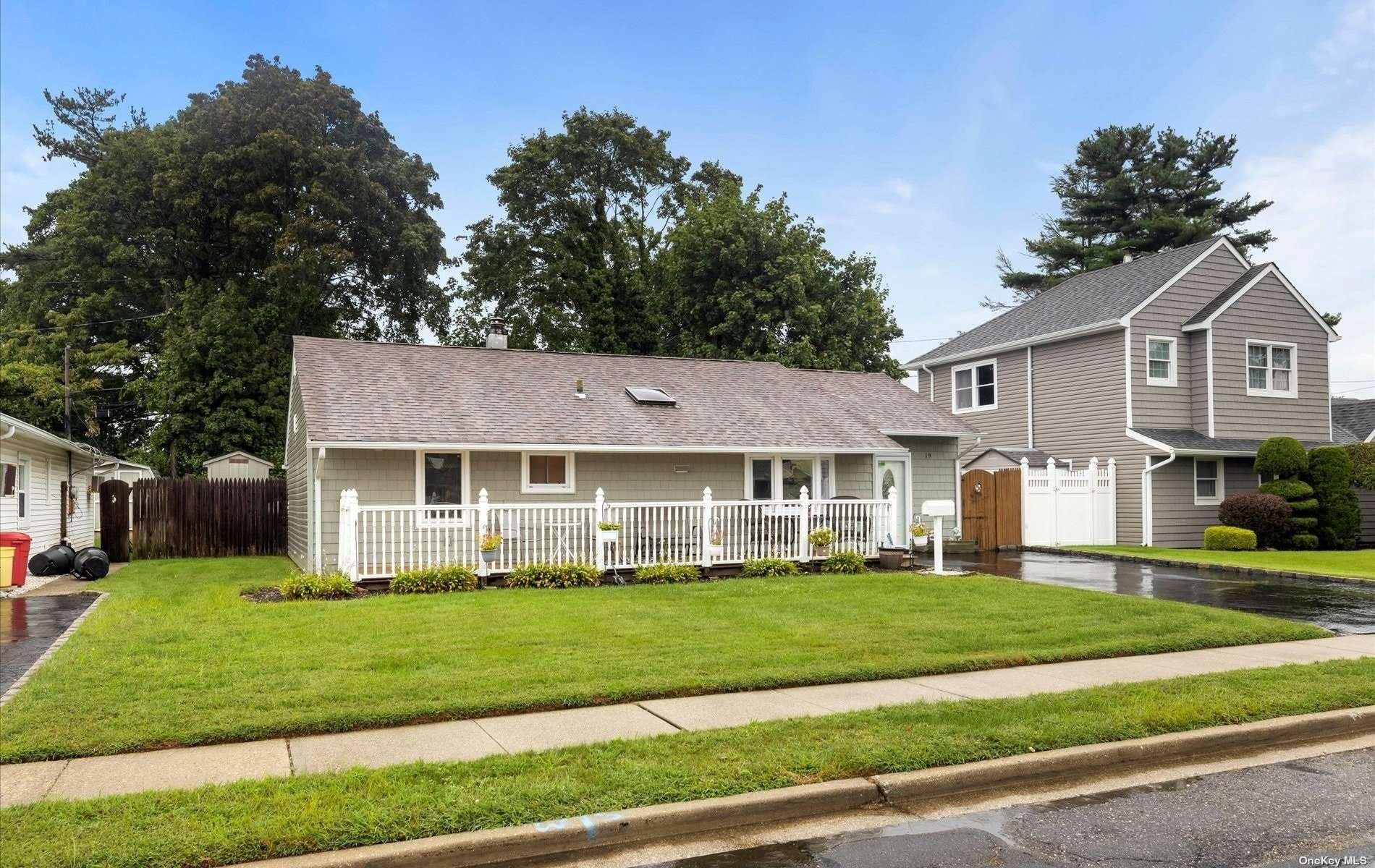 19 Wilson Lane, Bethpage, NY 11714 - MLS#: 3345096