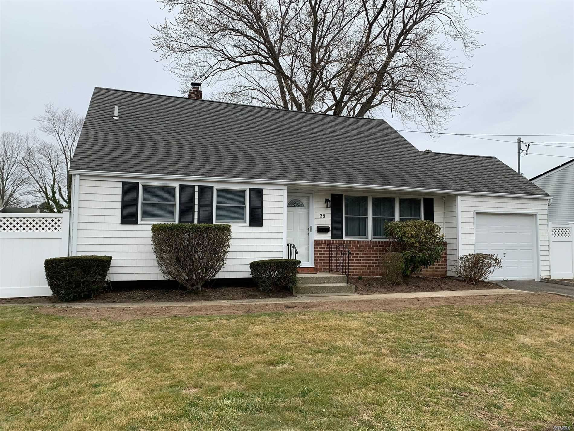 38 Birchbrook Drive, Smithtown, NY 11787 - MLS#: 3203097