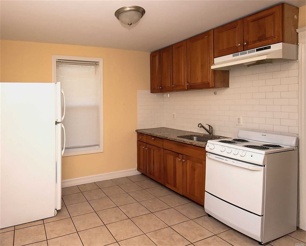 261-10 86th Avenue #2nd Fl, Floral Park, NY 11001 - MLS#: 3111098