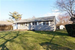 Photo of 16 Hillcrest Ter, Southampton, NY 11968 (MLS # 3096100)