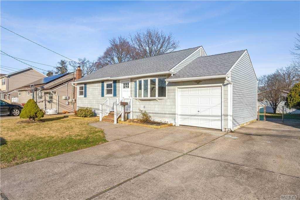56 Frank Street, Lindenhurst, NY 11757 - MLS#: 3280100