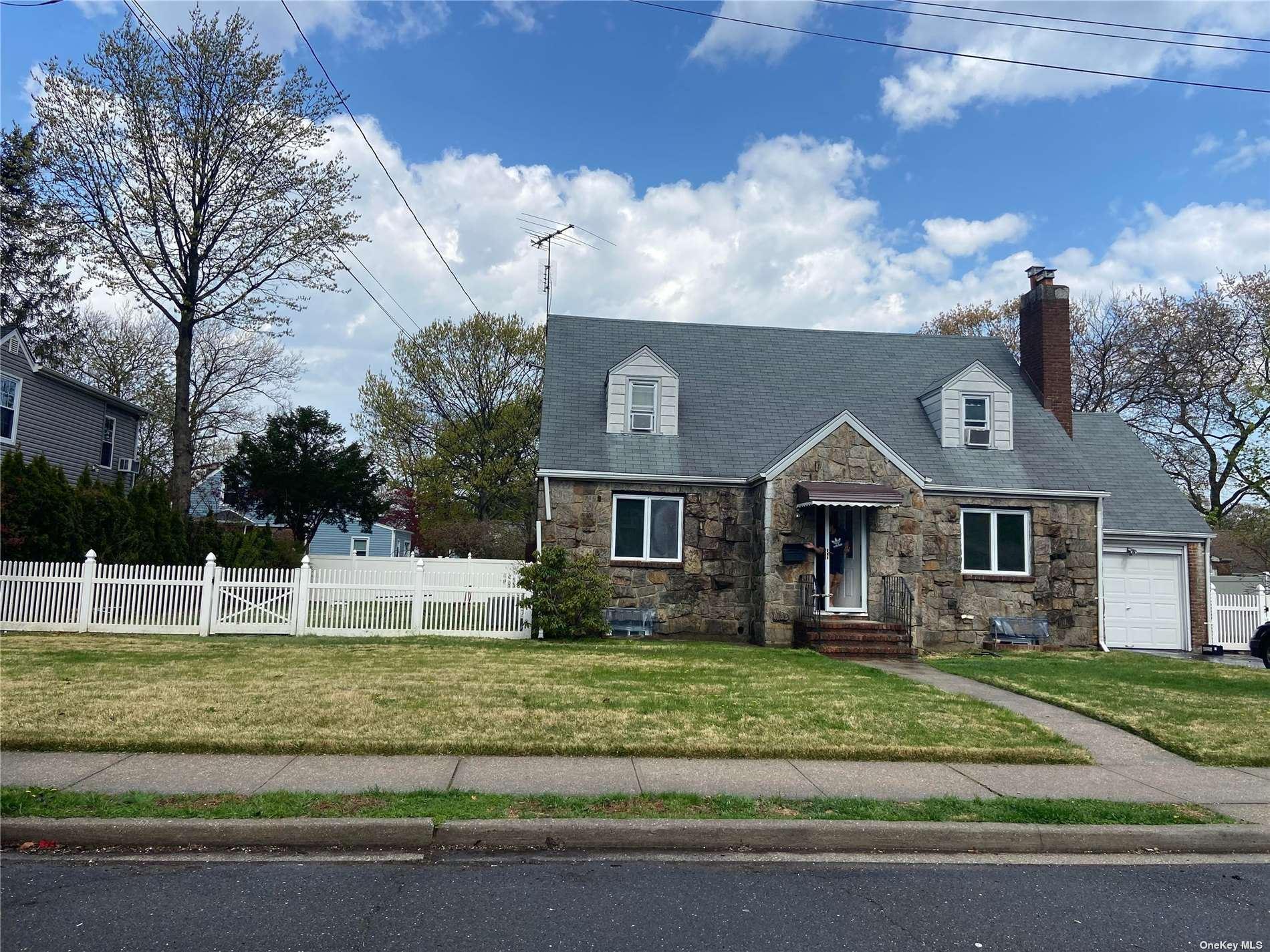 400 Langley Avenue, West Hempstead, NY 11552 - MLS#: 3309100