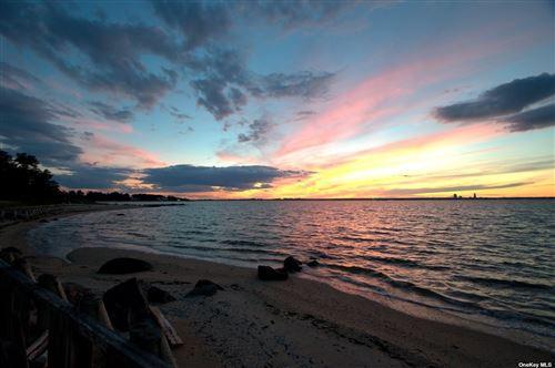 Photo of 30-2 Hoffstot Ln, Sands Point, NY 11050 (MLS # 3136101)