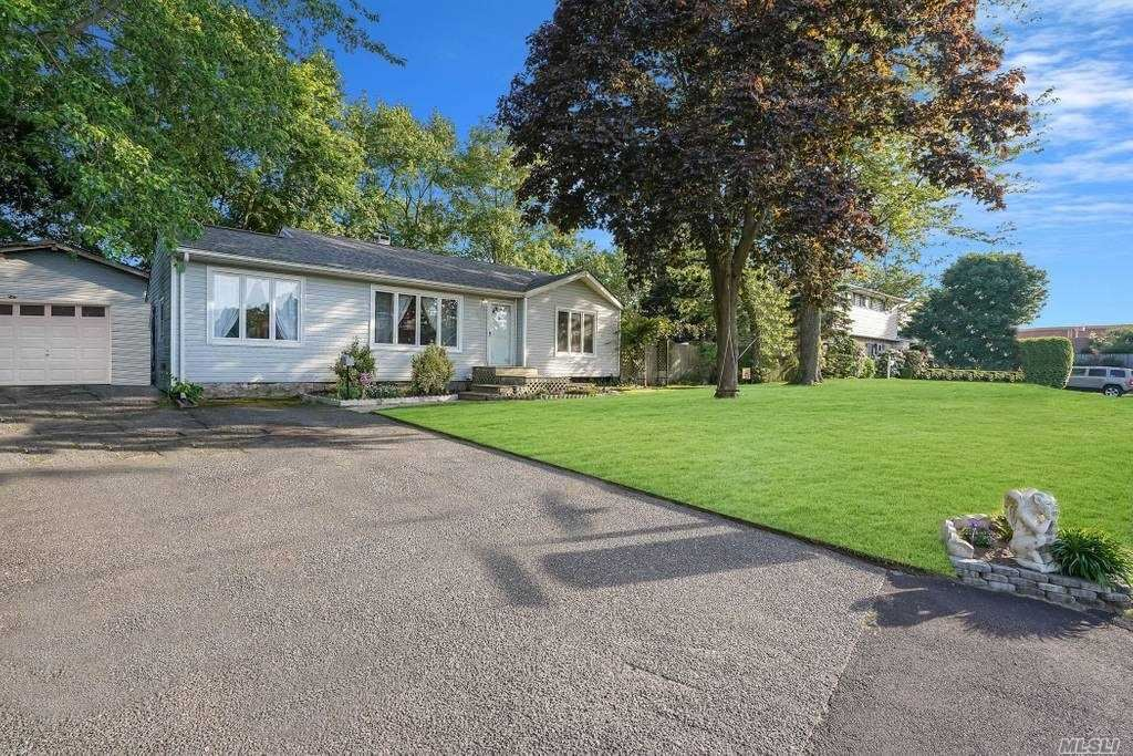 14 Dahlia Dr. South, Patchogue, NY 11772 - MLS#: 3213101