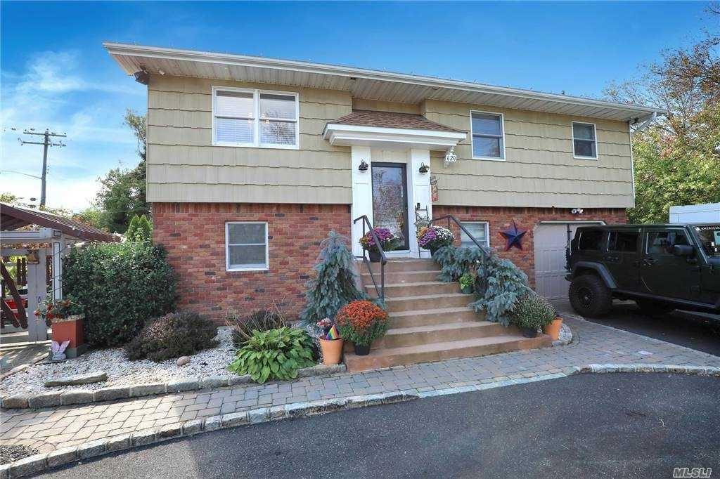 620 Shore Drive, Oakdale, NY 11769 - MLS#: 3261101