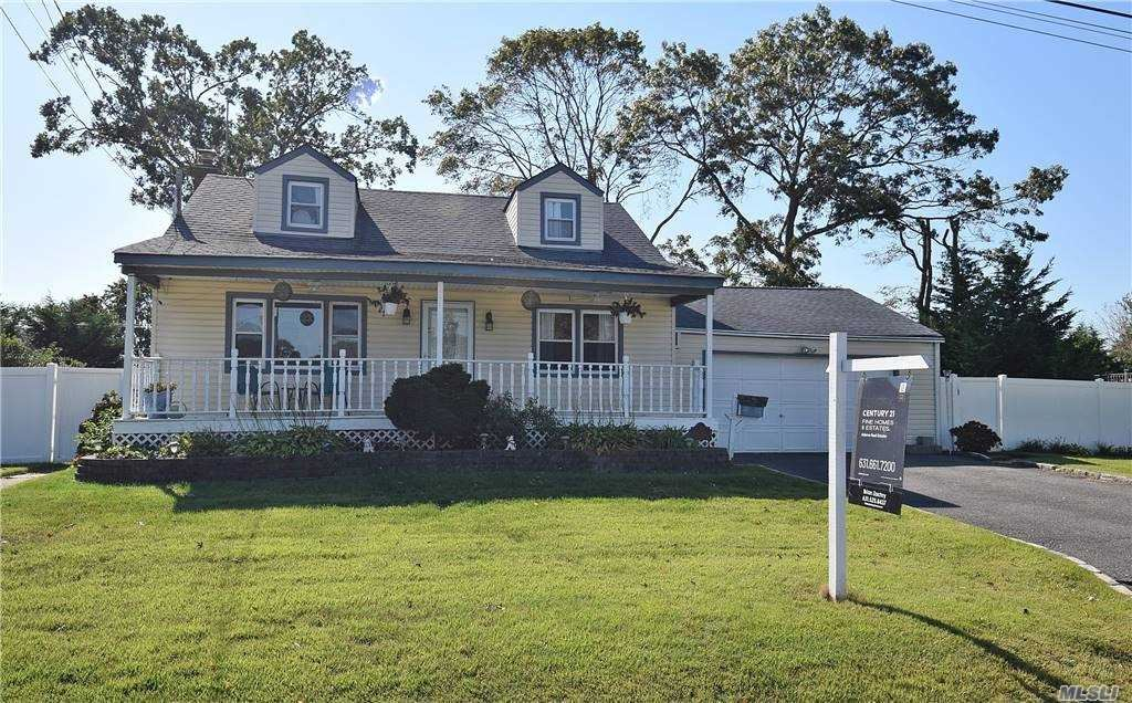 216 Young Street, West Babylon, NY 11704 - MLS#: 3254103