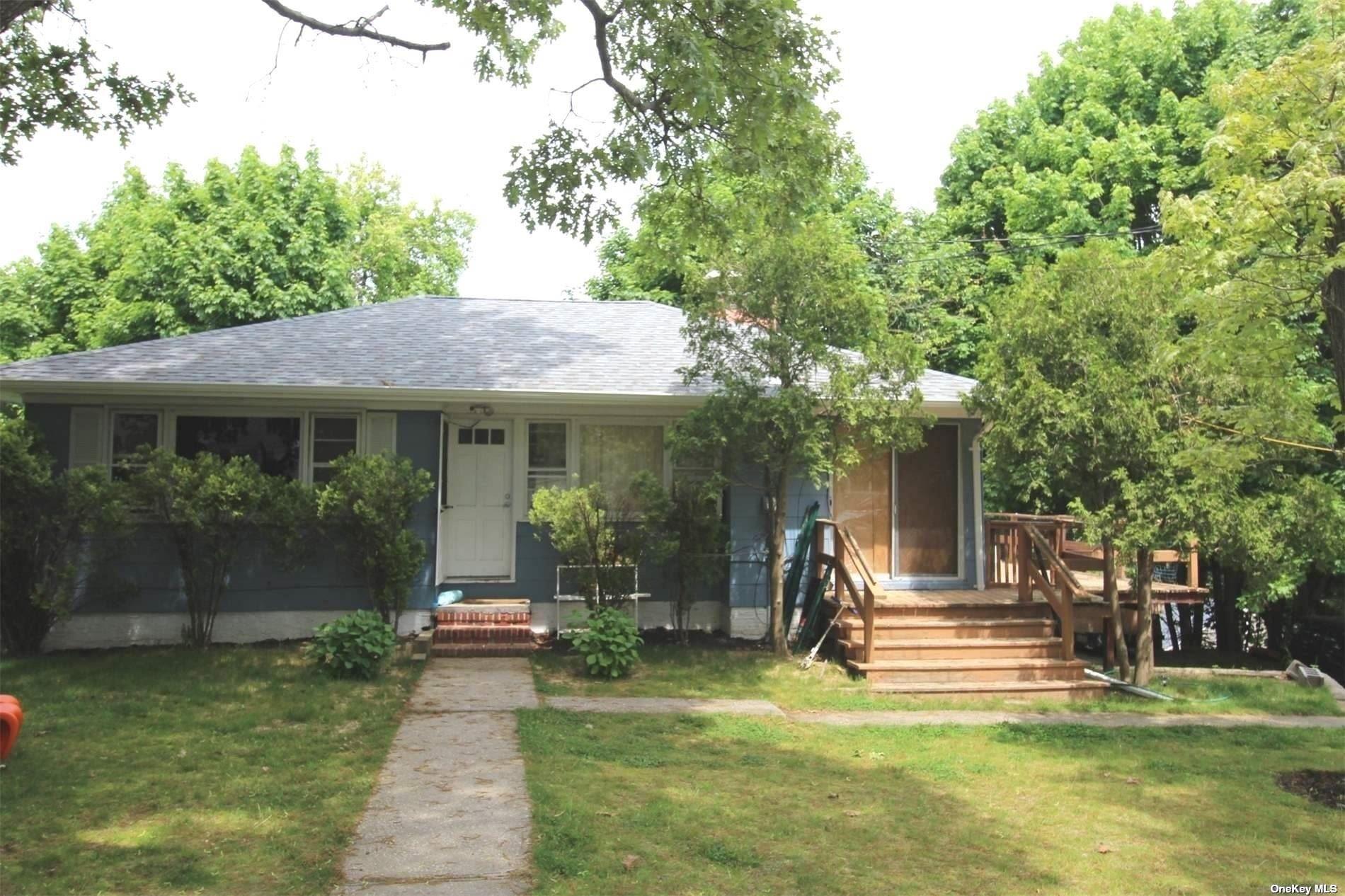 8 Holzman Drive, Hampton Bays, NY 11946 - MLS#: 3315103