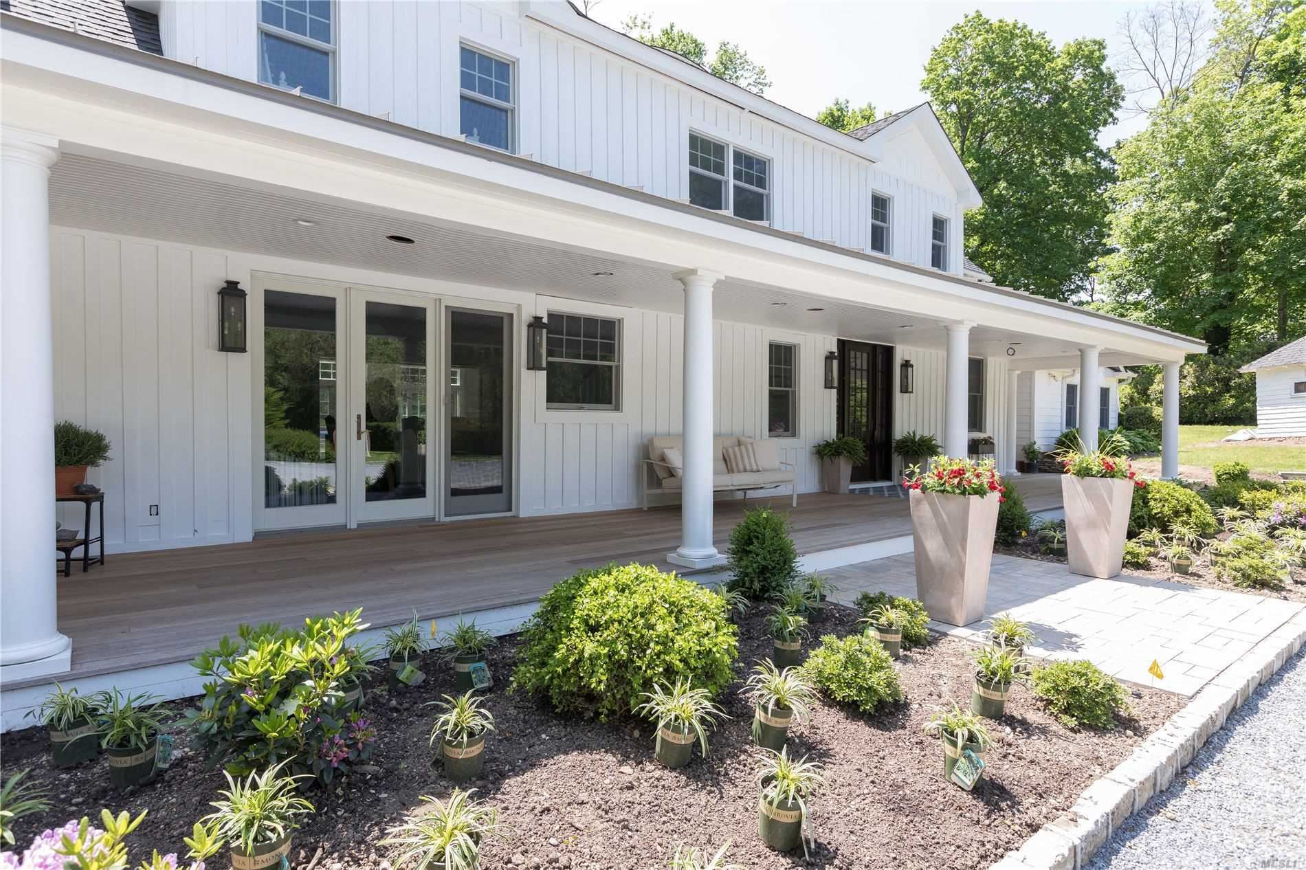 Photo of 78 Cove Road, Oyster Bay Cove, NY 11771 (MLS # 3222105)