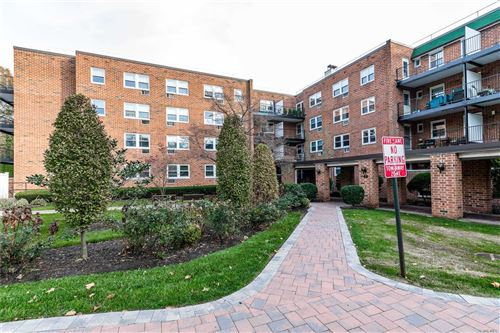 Photo of 32 Pearsall Ave #4A, Glen Cove, NY 11542 (MLS # 3182107)