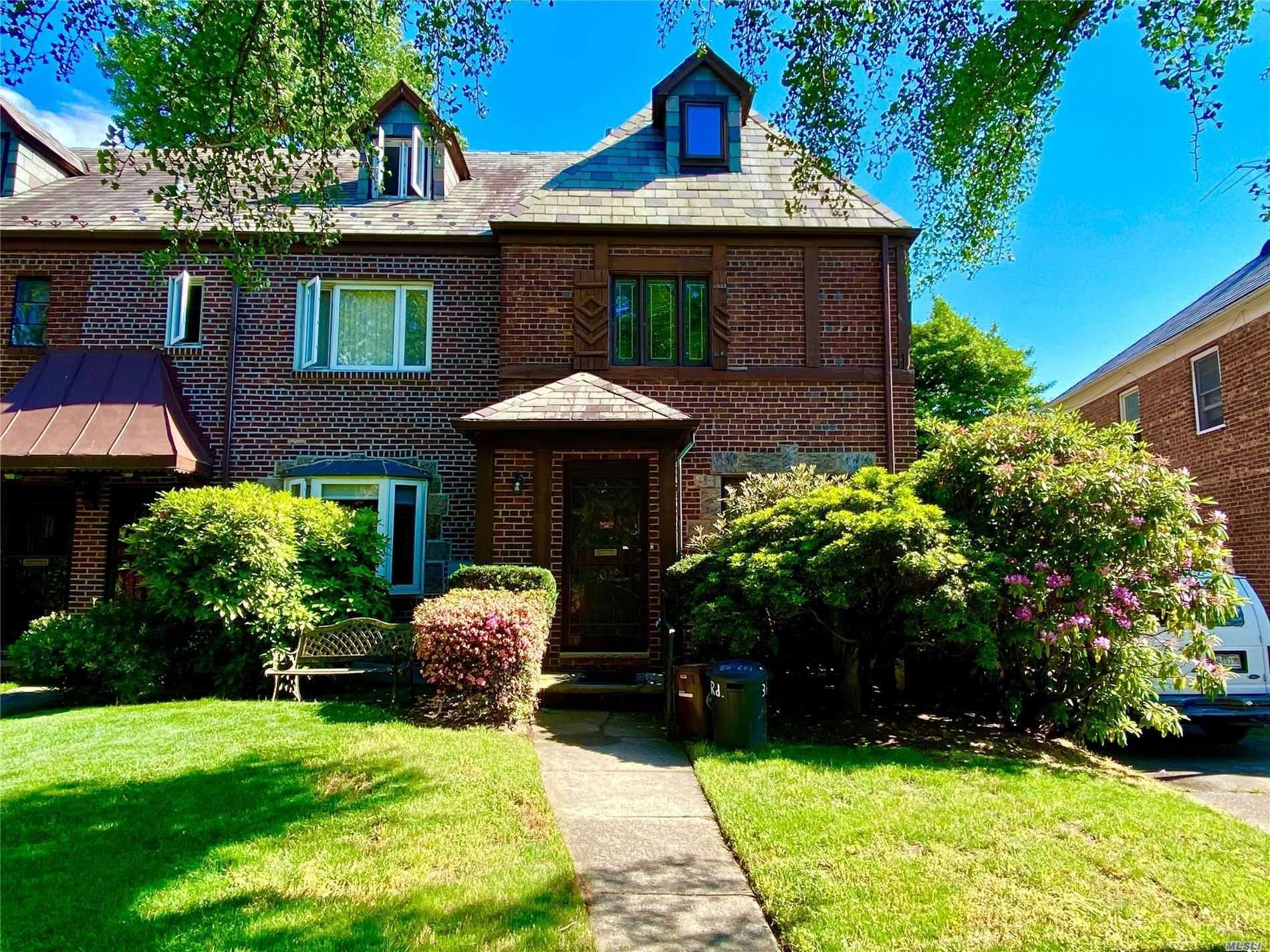 137-58 75th Road, Kew Garden Hills, NY 11367 - MLS#: 3207108