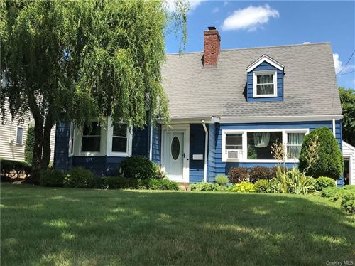 Photo of 6 Douglas Place, Eastchester, NY 10709 (MLS # H6057109)