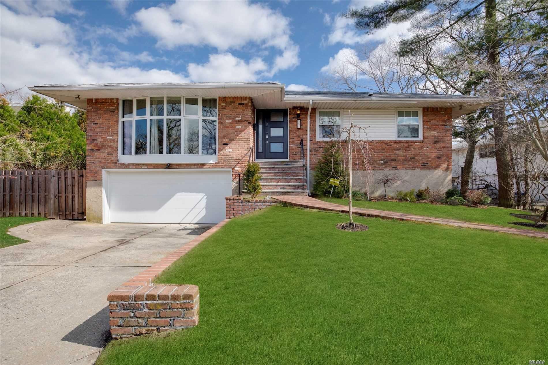 581 Golf Drive, Hempstead, NY 11581 - MLS#: 3204112