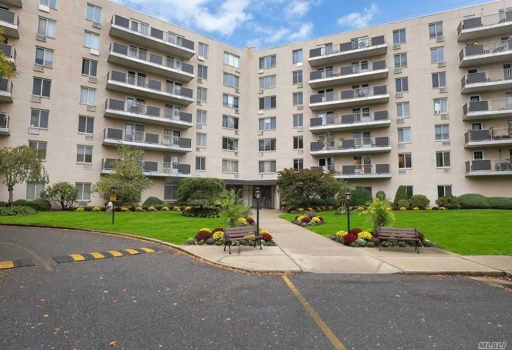 135 Post Avenue #2G, Westbury, NY 11590 - MLS#: 3264112