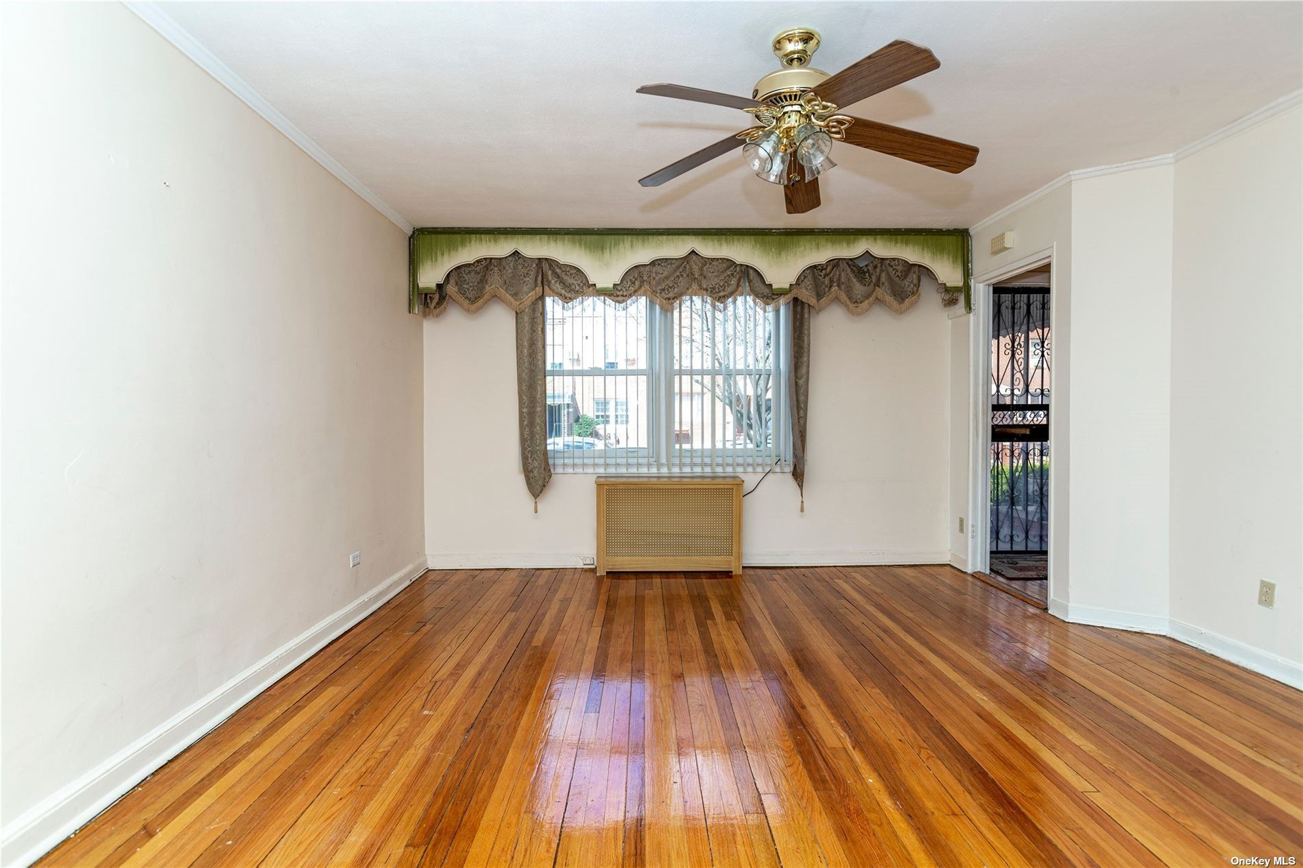 114-71 225th Street, Cambria Heights, NY 11411 - MLS#: 3305112