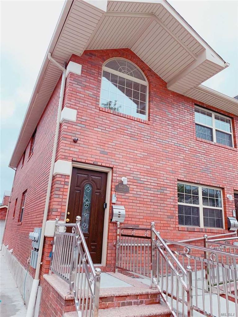 16439 75th Rd #2nd fl, Fresh Meadows, NY 11366 - MLS#: 3147114