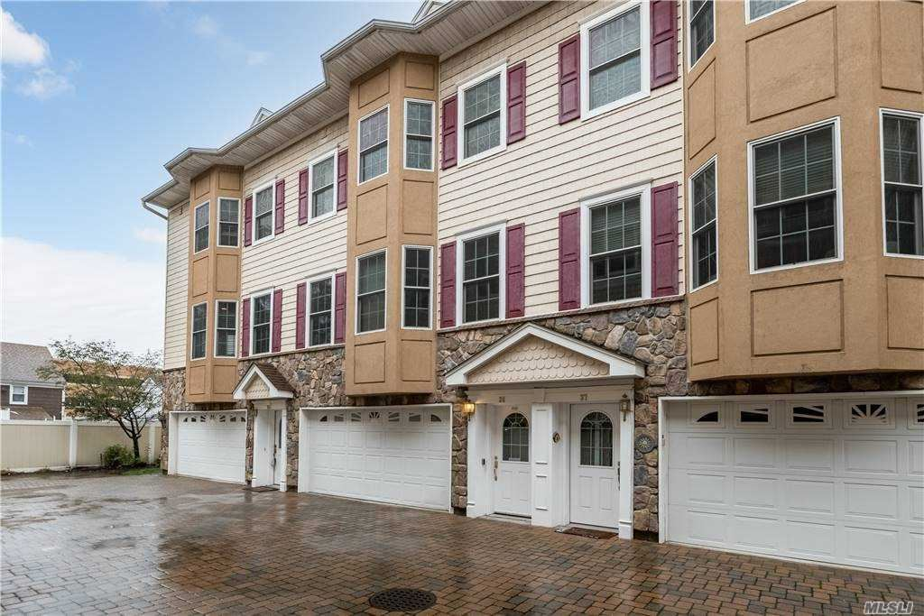 330 Maple Avenue #38, Westbury, NY 11590 - MLS#: 3266115