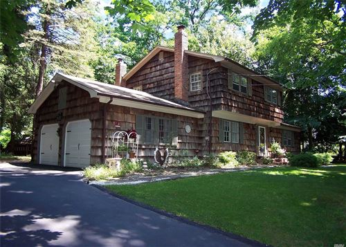 Photo of 62 Lower Rocky Point Road, Miller Place, NY 11764 (MLS # 3235116)