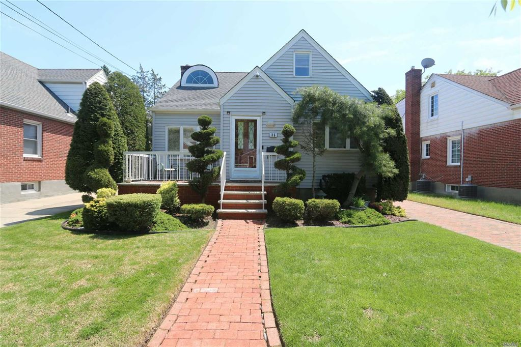 36 Manly Place, New Hyde Park, NY 11040 - MLS#: 3129118