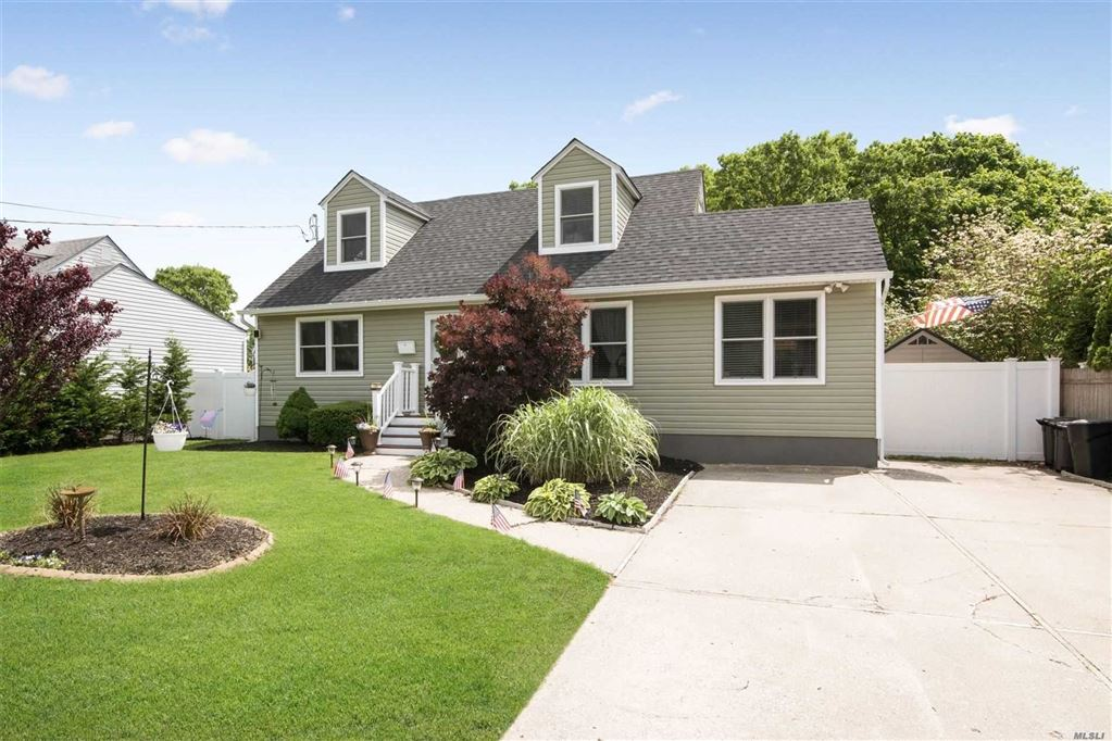 237 Schoenfeld Boulevard, Patchogue, NY 11772 - MLS#: 3140118