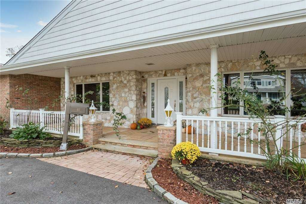 Photo of 40 Lagoon Boulevard, Massapequa, NY 11758 (MLS # 3252119)