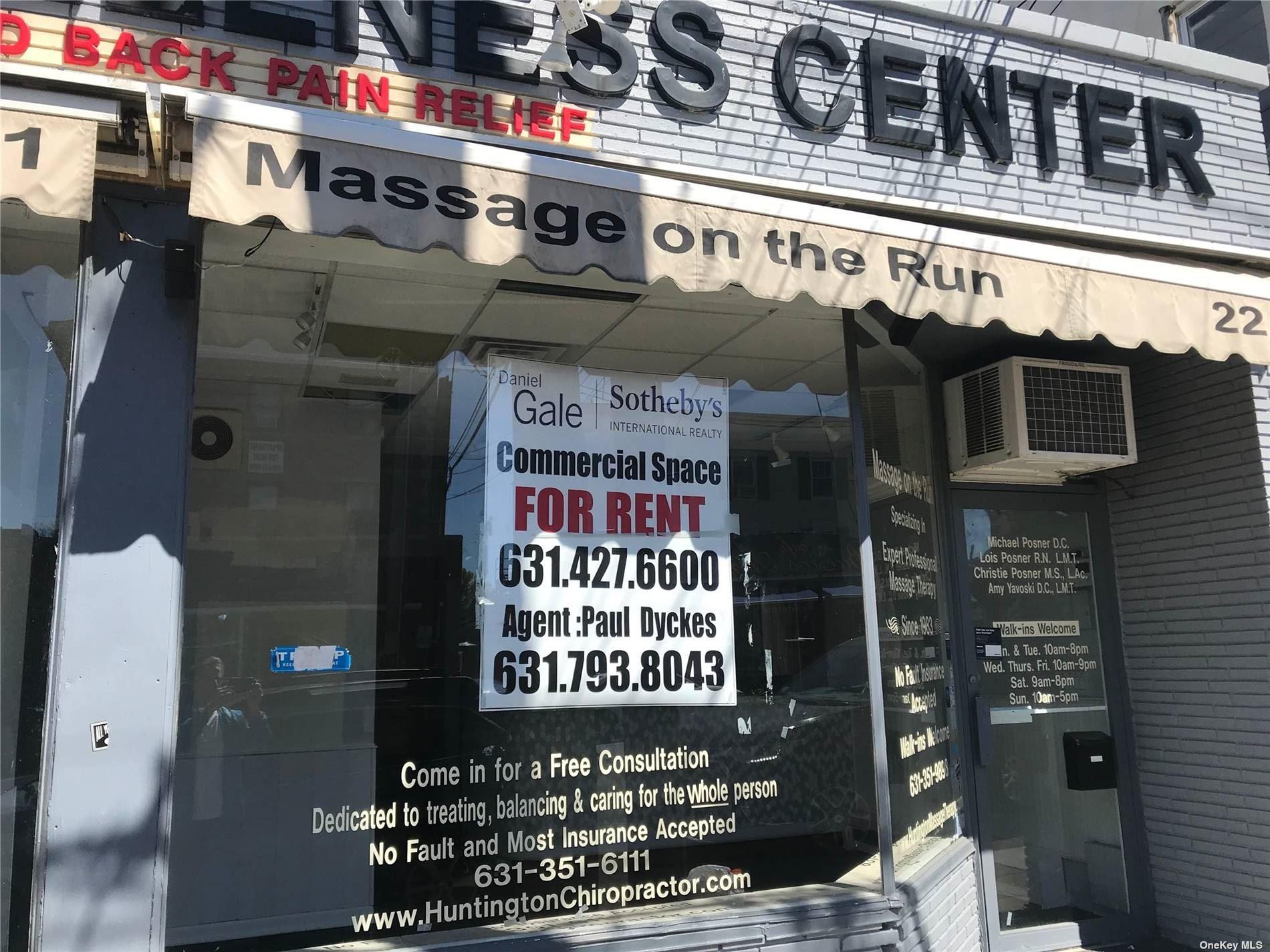 Photo of 22 Wall Street, Huntington, NY 11743 (MLS # 3309123)